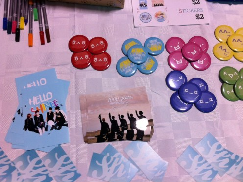 Some of the SHINee paraphernalia on offer at Hallyucon.
